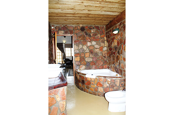 Safaris Down South - Family Luxury Cottages