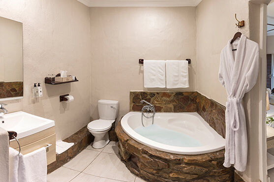 Safaris Down South - Standard Luxury Cottages