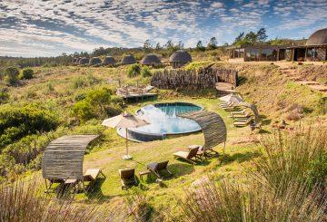 Kwena Lodge Pool area