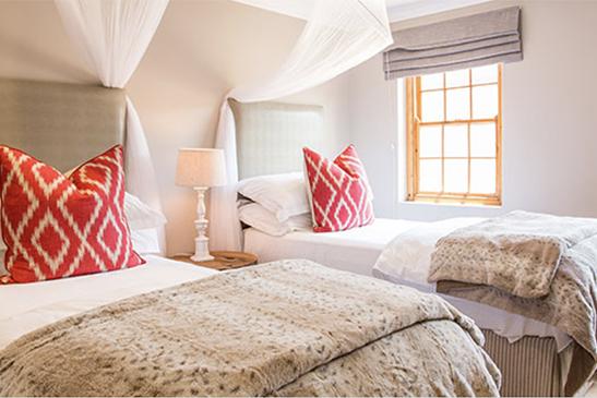 Safaris Down South - Village Lodge at Botlierskop Game Reserve - 2 bedroom family unit